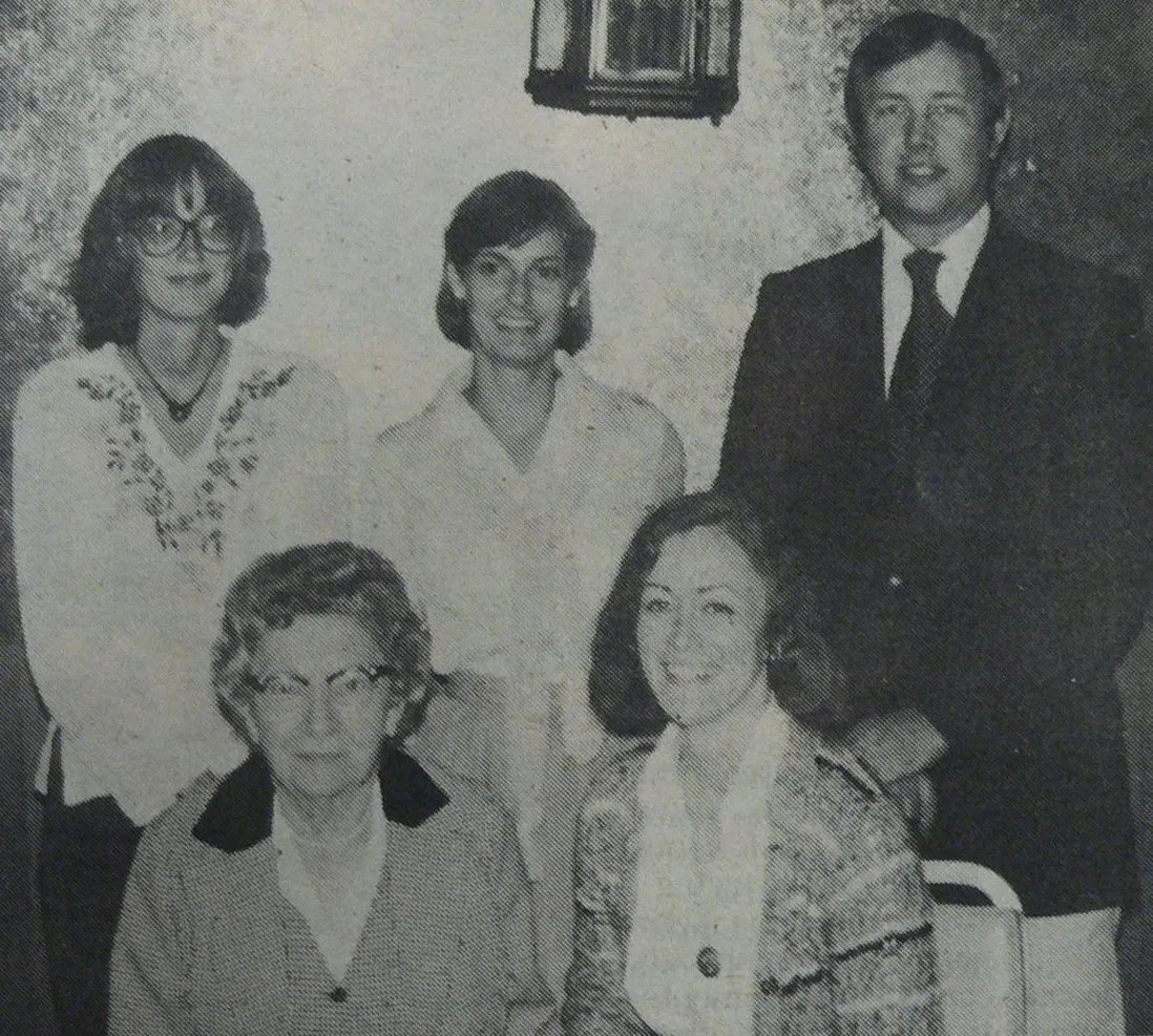A special meeting called together by Emily Cooper, the SCPA President of the Women's Division, met to discuss women's role in the association. Front row are Annie Laurie Kenny of Bennettsville (left) and Emily Cooper of Edgefield (right). Standing are Clisby Williams of Anderson (left), Dottie Foster of Myrtle Beach (middle), and Don McKeown, President of the SCPA (right). Photo taken by Reid Montgomery.