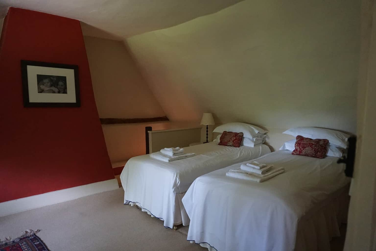 Riverside-Cottage-Hampshire