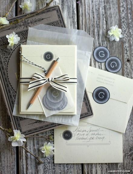 Freebie & Tutorial - Monogram Stationery Gift Set
