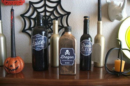 Freebie - Spooky Bottle Labels from Lynn and Lou