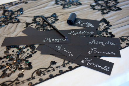 Tutorial - Black Curled Place Cards from valley & Co
