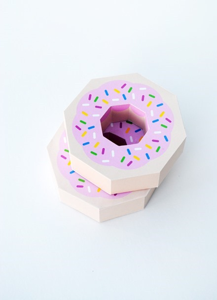 Freebie - Donut Gift Box Template for Valentine's Day