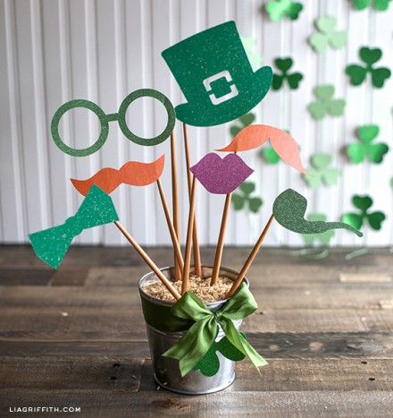 St Patricks Day Glitter Photo Props from Lia Griffith
