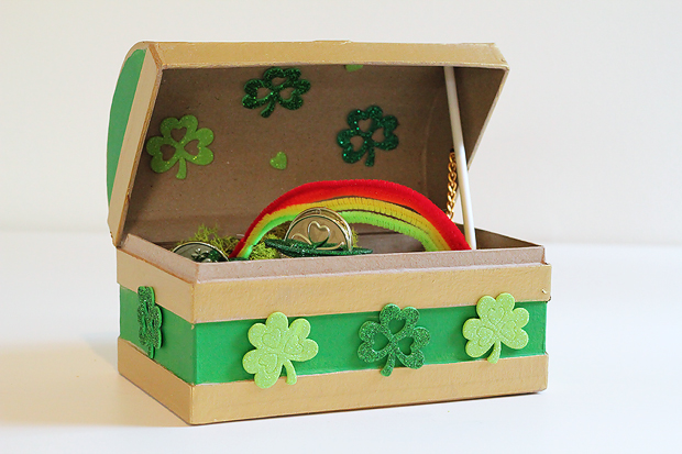 DIY leprechaun trap from e-How