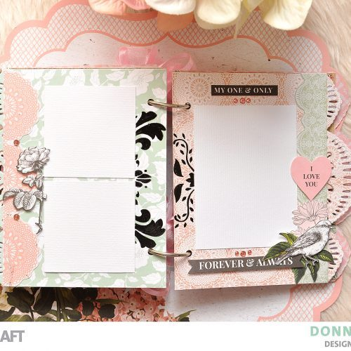 Scalloped Edge Mini Album