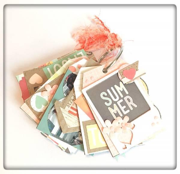 Summer Mini Tag Album