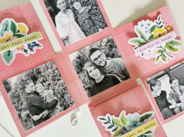 Family Mini Foldout Album