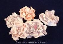 un des 4 modèles de fleurs à faire avec le kit de fleurs shabby