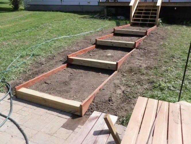 Building steps with pavers on a slope staircase gallery for Building on a slope cost