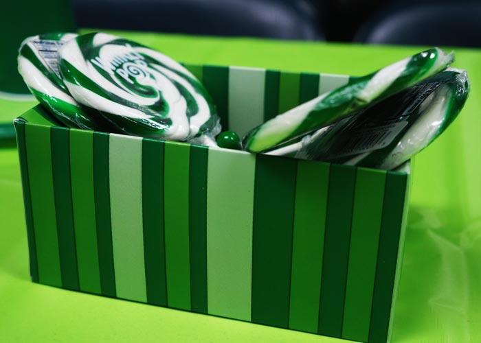 Dark green lollipops for Minecraft party