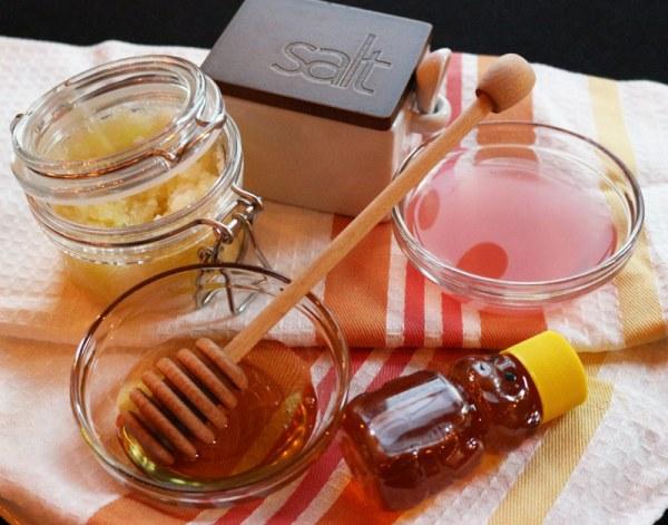 The ingredients for the honey body scrub. #benefitsofhoney