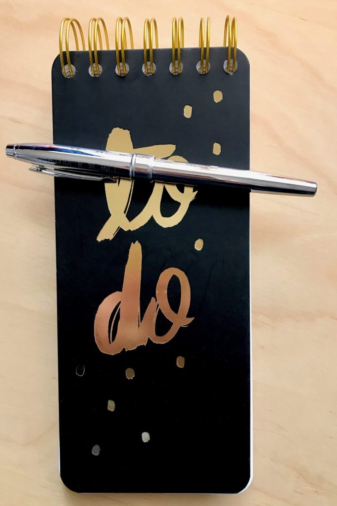 Writing my daily to do list with my CROSS pen. #WriteGift