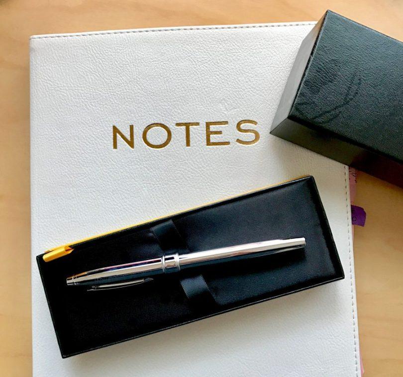 CROSS Pen #WriteGift