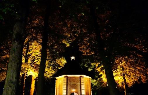 Nuenen Van Gogh kerkje by night
