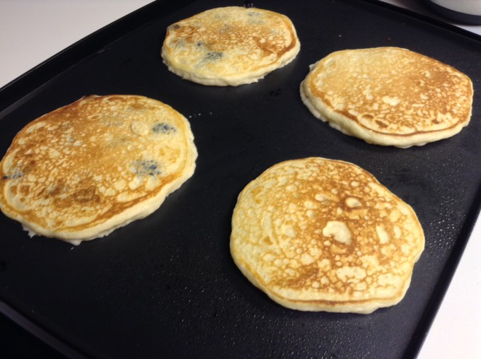Easy Homemade Pancakes 009