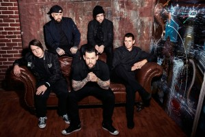 good_charlotte_group_couch_photo