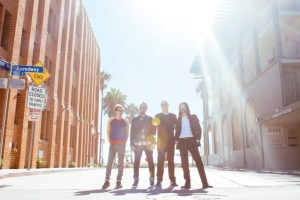 approved_weezer_photo_sm