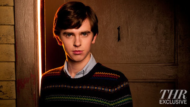 16 New Images From A&E's Psycho Prequel Series 'Bates Motel' Hit The Web! 18