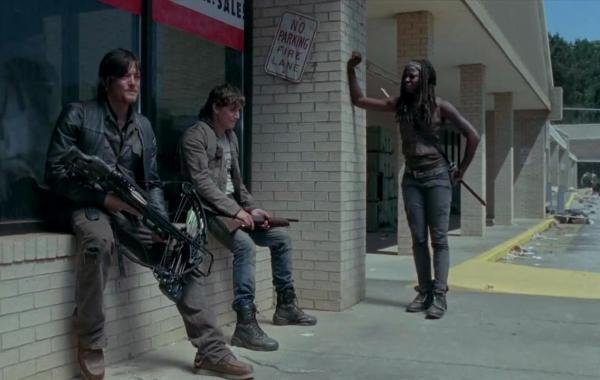 A 4.5 Minute Comic-Con Trailer & The Premiere Date For 'The Walking Dead' Season Four Arrive 5