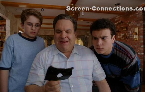 [DVD Review] 'The Goldbergs: The Complete First Season'; Own It Today On DVD From Sony 15