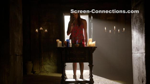 The.Vampire.Diaries-Season.6-Blu-Ray-Image-01