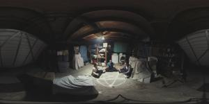 Paranormal.Activity.360.Degree.Seance.Video-Image-01