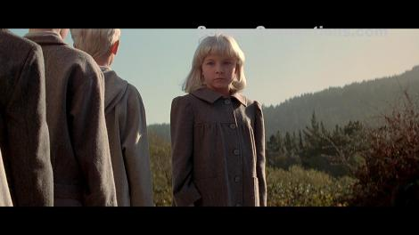 Village.Of.The.Damned.1995-CE-Blu-ray.Image-02