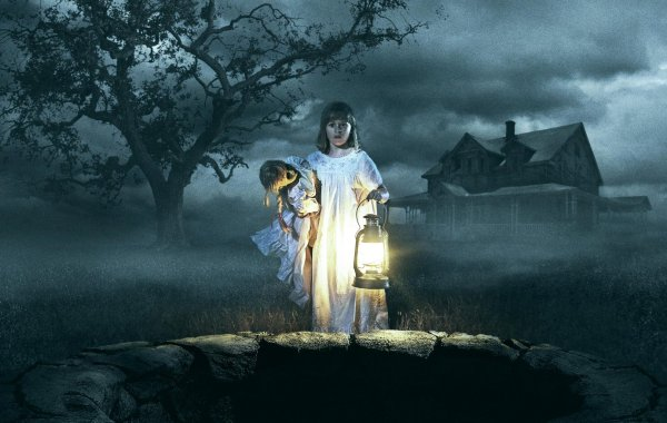 A New Trailer & Poster For 'Annabelle: Creation' Have Arrived To Creep You Out 27
