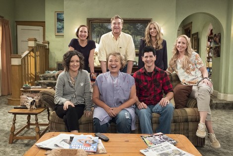 Watch The Official 'Roseanne' Trailer From Tonight's Oscars 6