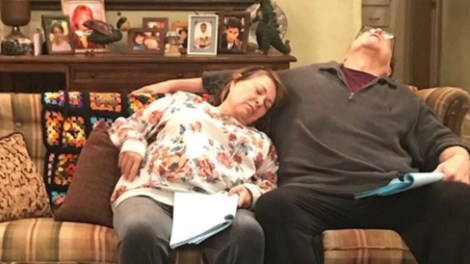 'Roseanne' Cancelled By ABC Following Barr's Offensive Tweets; Upcoming Eleventh Season Scrapped 4