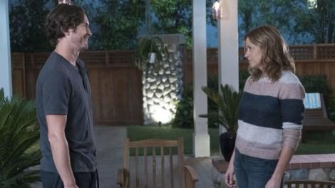 ABC Cancels ''Alex, Inc.' & Renews 'Splitting Up Together' For Season 2 4