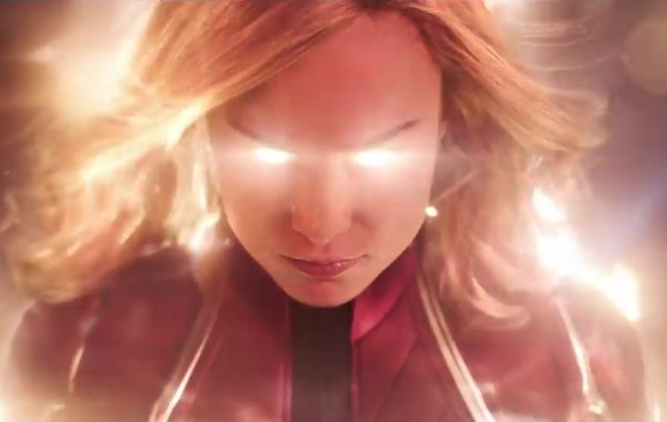 The First Trailer & Poster For Marvel Studios' 'Captain Marvel' Crash Lands In Our World 15