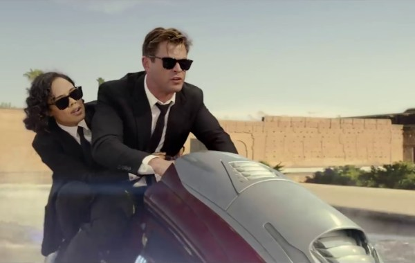Check Out The New Trailer & Poster For 'Men In Black: International' 37