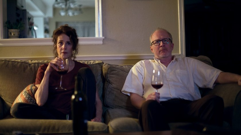 Tribeca 2017 Review: THE LOVERS, Break Up To Make Up, That's All They Do