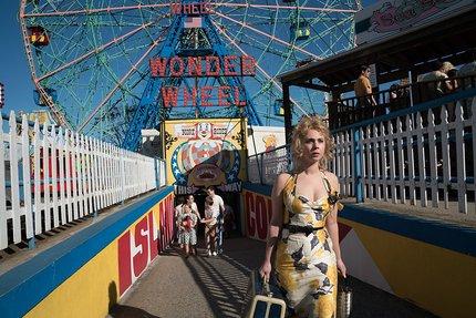 Review: WONDER WHEEL Goes Around and Around and Around...