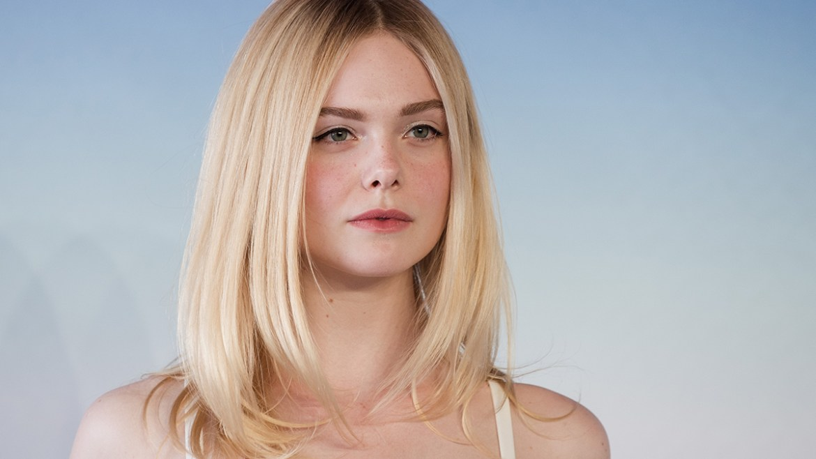 Elle Fanning se une a Francis and The Godfather como Ali MacGraw