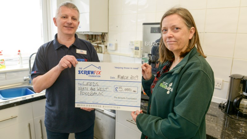 Leeds North & West foodbank gets a boost from the Screwfix Foundation