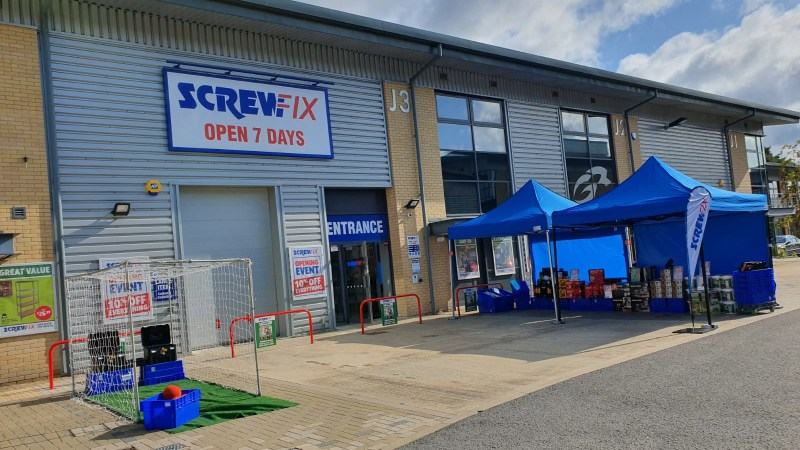 Ascot celebrates new Screwfix store opening