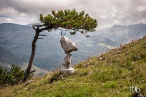 creative-stone-balancing-e1423986946978