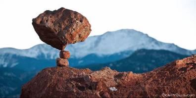 mountain-stone-balancing