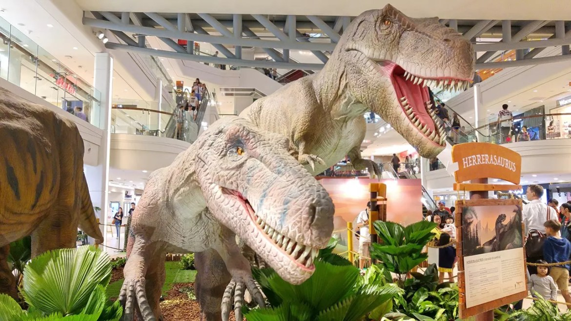 Plaza Singapura Event: RAWR! Dinosaurs Unearthed.