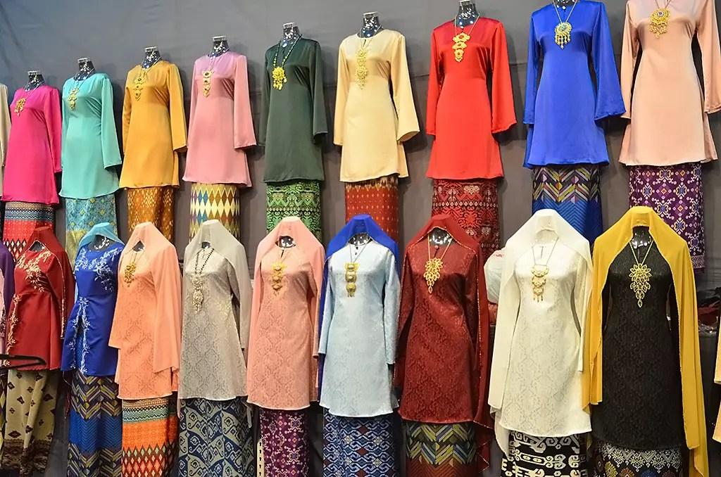 Colourful Baju Kurung on sale at Geylang Serai Festive Bazaar 2017