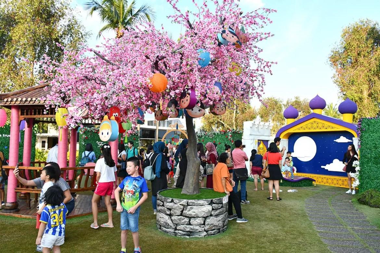 Disney Tsum Tsum Mid-Autumn Celebration of Love Fairytale Garden