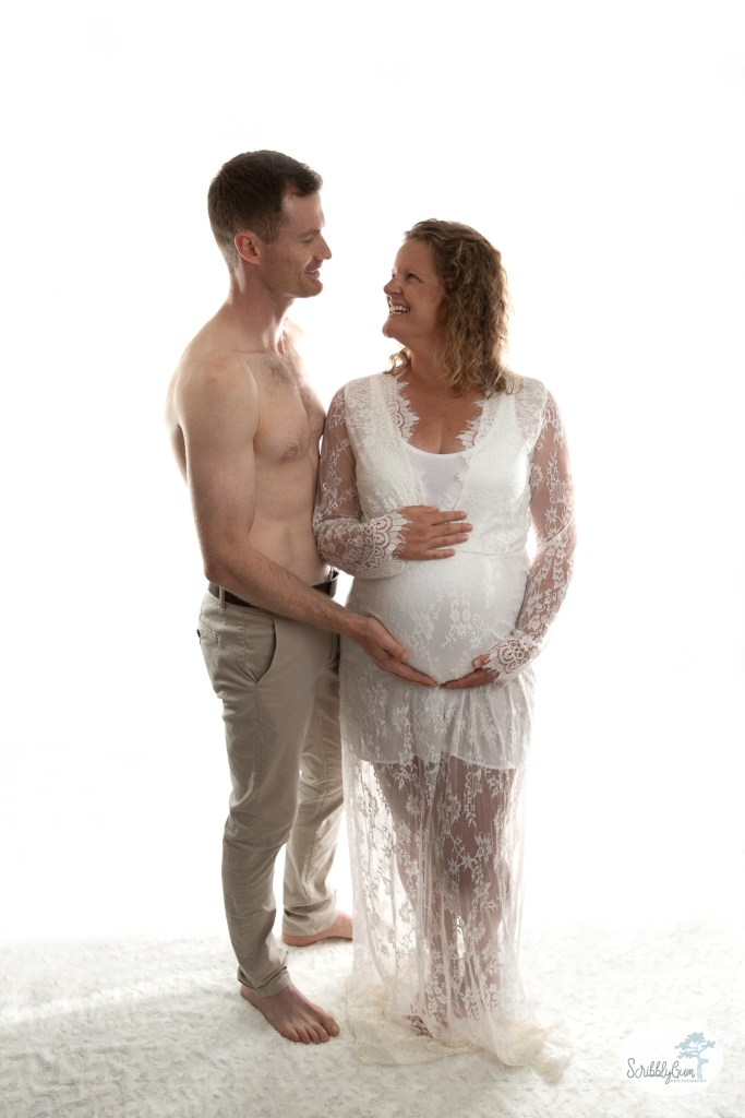 Professional Maternity Photoshoot indoor studio in home