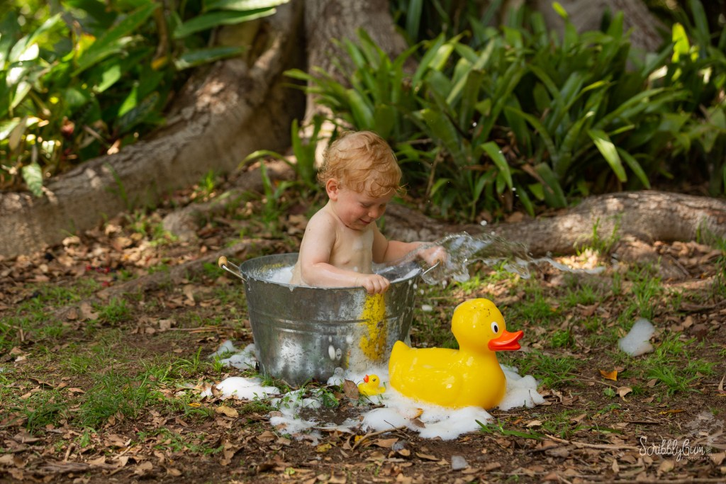 Wollongong First Birthday Photoshoot Bubble Bath