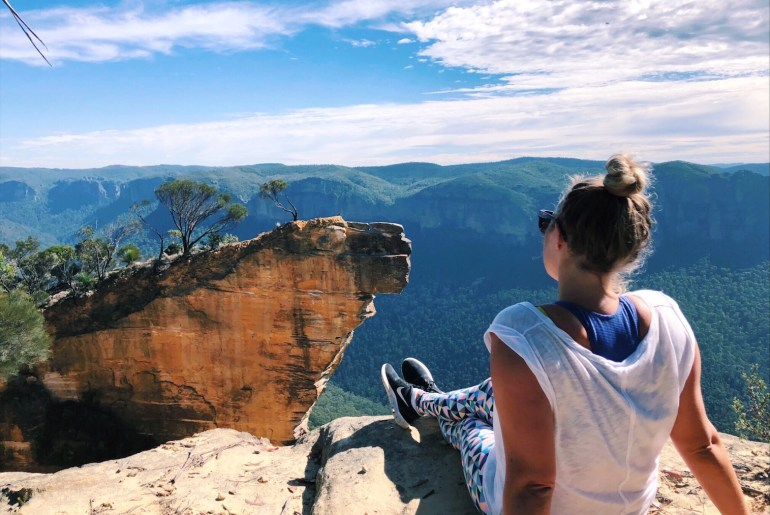 Things to do in the Blue Mountains - Hanging Rock Lookout