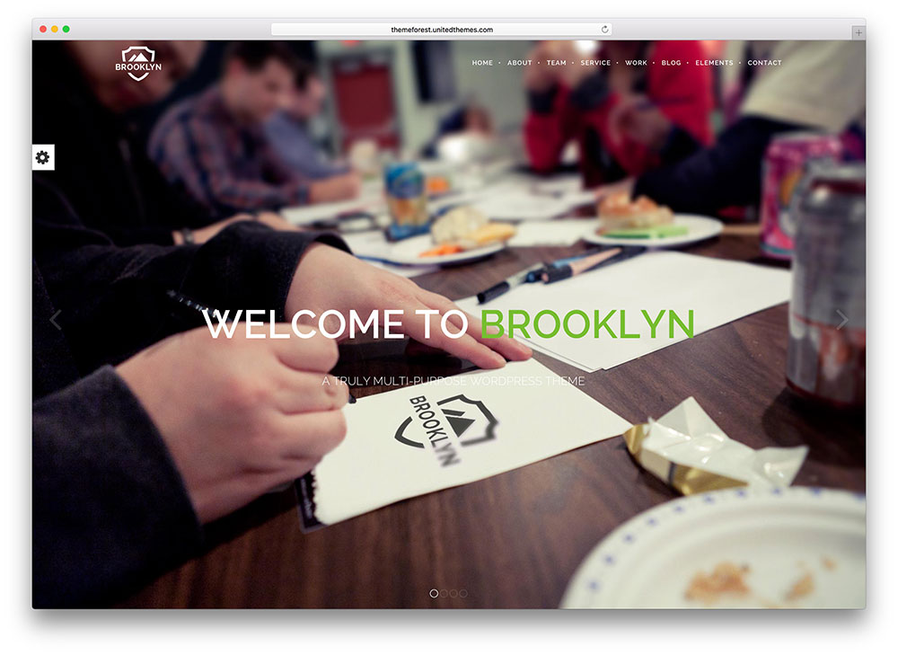brooklyn - fullscreen parallax theme