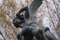 Frankenstein - la creatura si paragona all'angelo caduto Lucifero