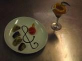"""Il """"Sushi ellenico"""" accompagnato da un cocktail alla radice di zenzero realizzato dagli studenti della classe IV C"""
