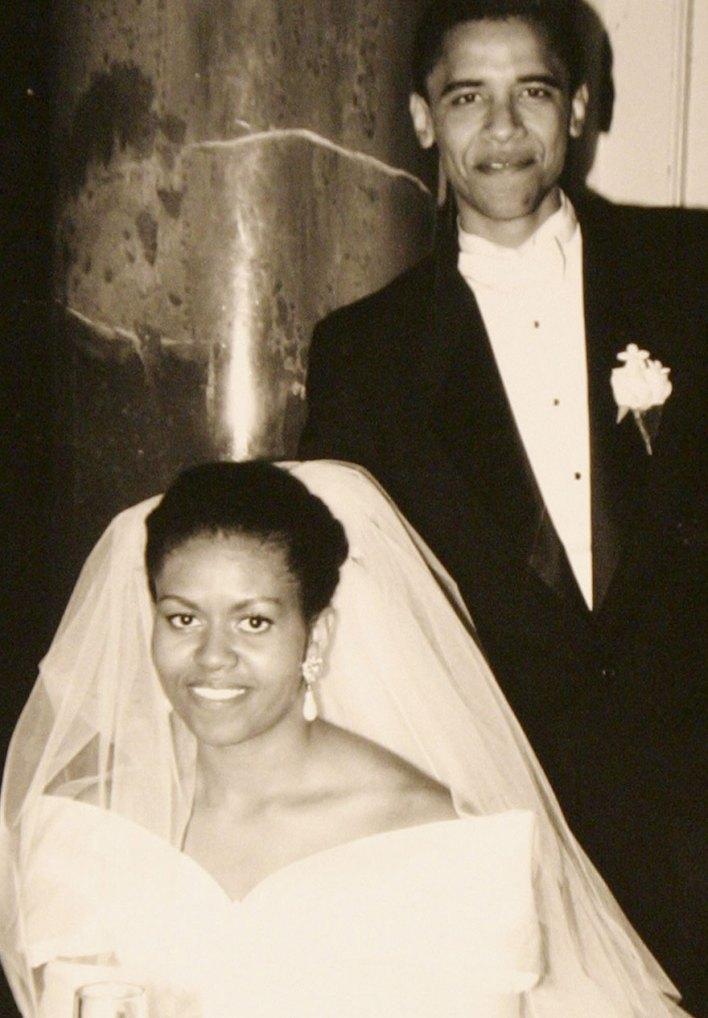 barack-obama-michelle-love-story-2